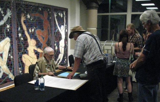 Gary Snyder singing books, image by Tim Mahoney